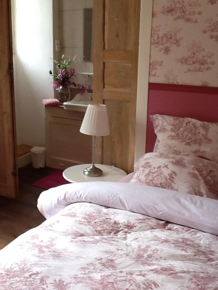 josephine bed.jpg