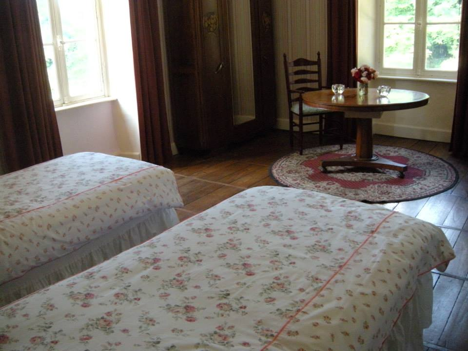 twin_beds_albert_suite__3.jpg