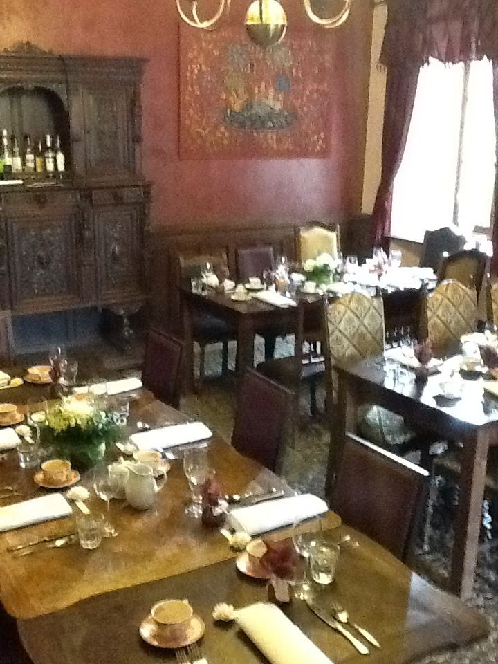 dining_10.jpg