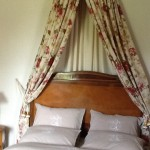 Image of the bed Chambre Tower bedroom